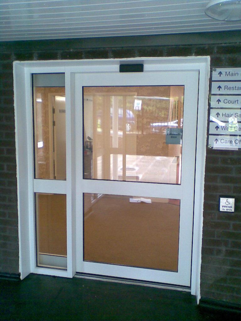 puertas de vidrio automaticas para casas
